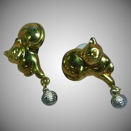 Cat Kitty Dangling Yarn Ball Figural Pierced Earrings
