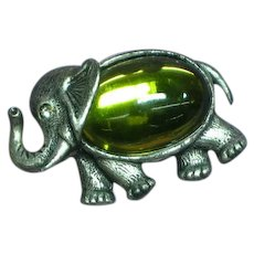 Elephant  Figural Jelly Belly Green Art Glass Pewter Brooch Pin