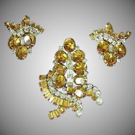 Kramer of New York  Signed Massive Golden Rhinestones Pin Brooch and Earrings Set Demi Parure