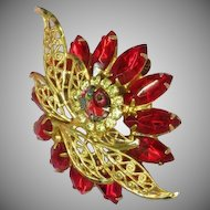 D&E  Vintage Fantastic Red Rhinestones Art Glass Unsigned Designer Quality Dimensional Pin Brooch