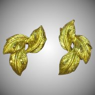 Coro Designer Signed Diamond Cut Gold Tone Tailored Leaf Clip Earrings