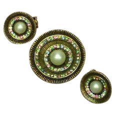 Pristine Rhinestones Faux Pearl Round Pin Brooch and Clip Earrings Set Demi Parure