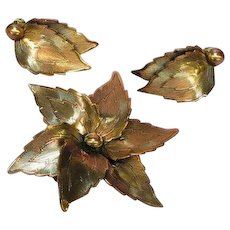 Copper Burnished Flower Leaf Pin Brooch Clip Earrings Set Demi Parure