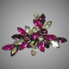 Vintage Juliana D&E Fuchsia Pink Amethyst Purple Rhinestone Pin Brooch