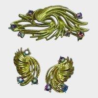 Lisner Signed Designer Feather Rhinestones Brooch Pin Earrings Set