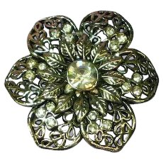 Bright Flower Rhinestones Silver Tone Pin Brooch