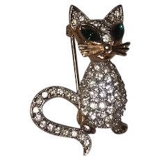 Sophisticated Rhinestones Gold Tone Cat Kitty Figural Pin Brooch
