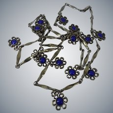 Long Twisted Chain Daisy Flower Floral Art Glass Charms Necklace