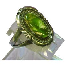 Native American  Indian BB Signed Green Agate Sterling Silver Ring