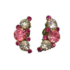 Weiss Signed Designer Pink Lavender Large Rhinestone Clip-on Earrings