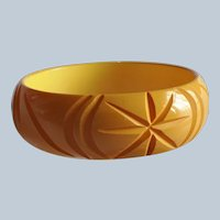 Art Deco Semi Circular Carvings! Vintage 58 Chocolate Brown Bakelite Bracelet