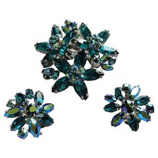 GORGEOUS Vintage Brooch and Earrings Set,Sherman Signed Teal Blue Turquoise Aurora Borealis Swarovski Rhinestones,Collectible Jewelry