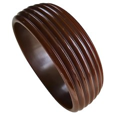 STUNNING Art Deco Deeply Carved Bakelite Bracelet,Chocolate Brown Bakelite Bangle,Beautiful Ribbed Design,Collectible Bakelite Jewelry