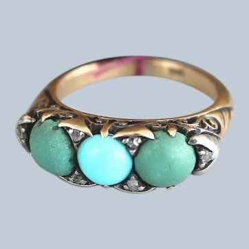 Wonderful Antique Karat Yellow Gold Ring with 3 Turquoise Stones and Elaborate Setting