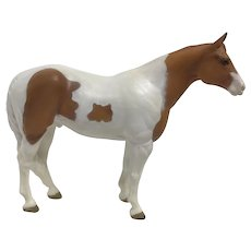 2006 Wade White Brown Paint Horse Figurine Statue
