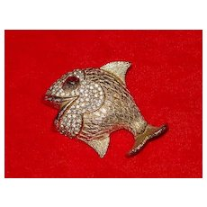 Gold Tone / Rhinestone Fish Pin - Great Personality