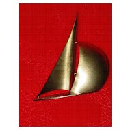 Vintage Beau Sterling Sailboat Pin