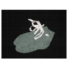 Vintage Pair of Green Wool Hand Knit Baby Socks / Booties