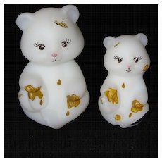 Fenton Pair of Mother and Baby Honey Bears Hand Painted