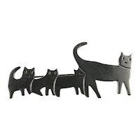 Charming Sterling Silver Modernist Mother Cat and Three Kittens Pin