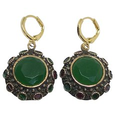 Vintage emerald green Agate red Ruby gemstones silver copper drop earrings hypoallergenic gold-plated clasp upcycled statement jewelry design upscale fashion