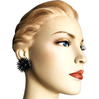 Elegant black Gerbera flower clip on earrings vintage jewelry design