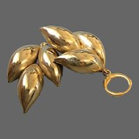 Vintage gold-plated flower leaves earrings hypoallergenic lever back clasp elegant jewelry design