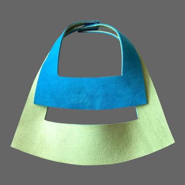 Two side green turquoise in-vogue leather twin chokers elegant bib necklace statement jewelry design upscale