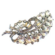 Leaf shape elegant crystal vintage brooch silver and champagne color rhinestones flea market