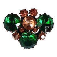 European crystal vintage brooch elegant green and champagne color flea market bee head gem jewelry.