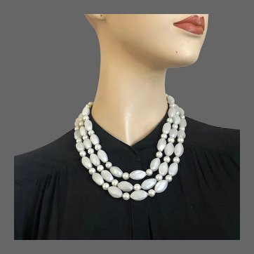 Vintage 3 strand white candy beads faux pearls necklace
