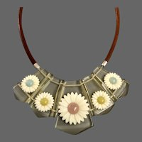 Vintage necklace five daisy flowers on transparent lucite bead and brown leather cord fashion jewelry.