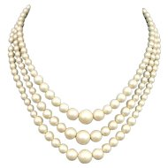 Sara Jessica Parker style jewelry, three-strand ivory matt color plastic pearls vintage necklace romantic jewelry.