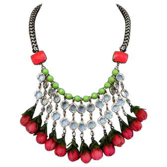 Funky in vogue bib necklace handmade designer roses bead jewelry