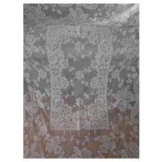 "White French Alencon Lace Tablecloth 59"" x 86"""
