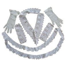 Lot of Irish Crochet Collar, Trim and Gloves