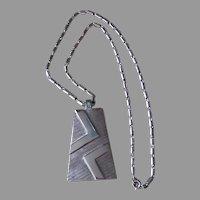 TRIFARI-Mod Signed Vintage Pendant