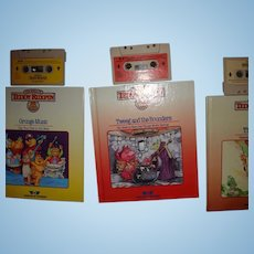 """Teddy Ruxpin Book and Tape """"Tweeg and the Bounders"""""""
