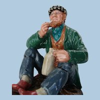 "Vintage ""The Wayfarer"" Royal Doulton Walker Man Figurine Retired"