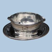 """Incredible Silver Plated Pennsylvania Railroad """"Broadway"""" Pattern Small Sauce Serving Dish with Underplate"""