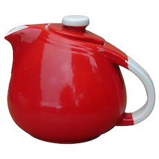 Vintage Hall China Company Pert Chinese Red 3-Cup Sani-Grid Tea Pot