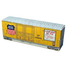 Tiny Union Pacific Railroad Advertising Boxcar Freight Car Matchbooks Container UPRR