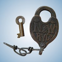 Vintage Norfolk & Western Railway Fancy Castback Lock & Key Railroad Brass N&WRY