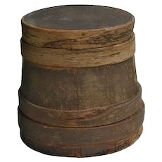 Unusual 2-Nail Antique Wooden Firkin Sugar Bucket w Overlapping Fingers in Old Gray Paint