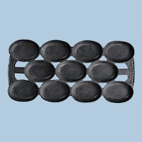 1880s N Waterman Cast Iron Madeleine 11-Cup Cake Baker Pan