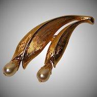 Vintage Emmons Faux Pearl Drop Pin / Brooch