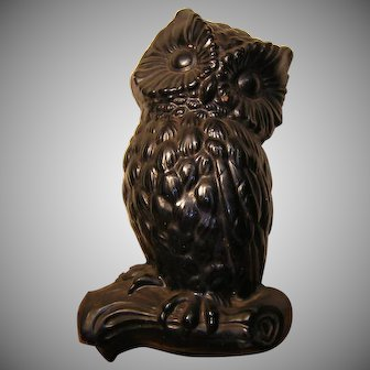 Vintage Chalk-ware Owl Wall Plaque