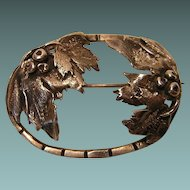 An American Arts & Crafts Style Brooch with Leaf and Berry Design 14.0 Grams