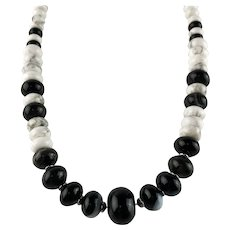 White Fox Creation: Unisex Black and White Gemstone Choker/Necklace