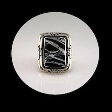 Sterling and White Buffalo Ring by Melissa Yazzie   Size 8